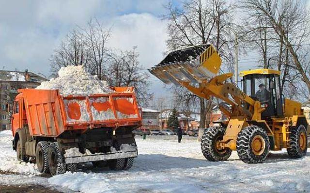 Мэрия Волгограда: дороги города чистят отснега практически 100 машин