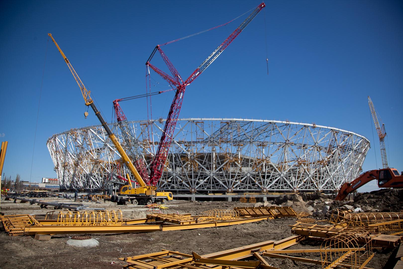 Настадионе «Волгоград Арена» начали возводить центральную лестницу