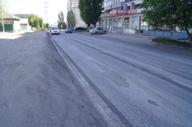 Улица Кузнецкая вВолгограде одевается вновый асфальт