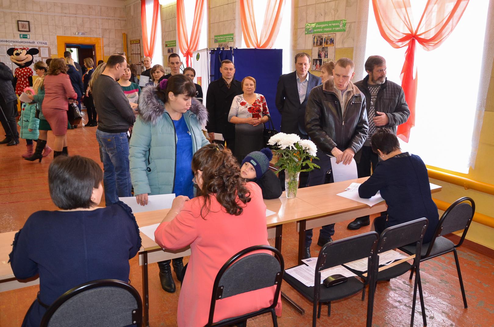 Многодетная семья из30 человек отдала голос вВолгоградской области