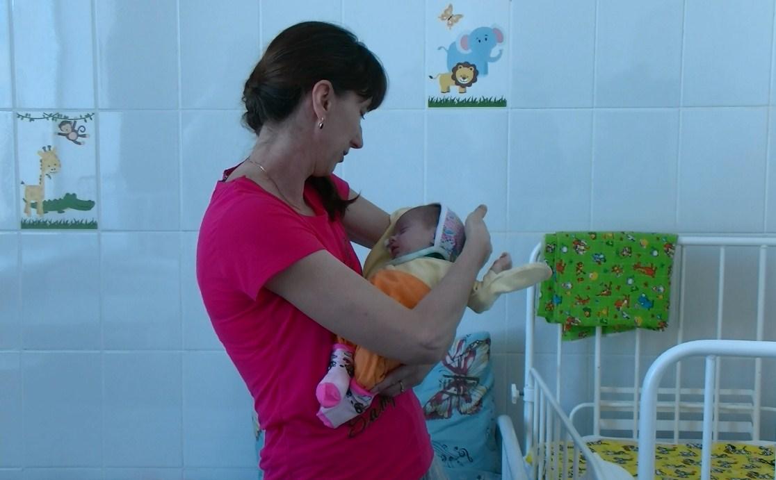 Волгоградские хирурги провели неповторимую операцию новорожденной малышке