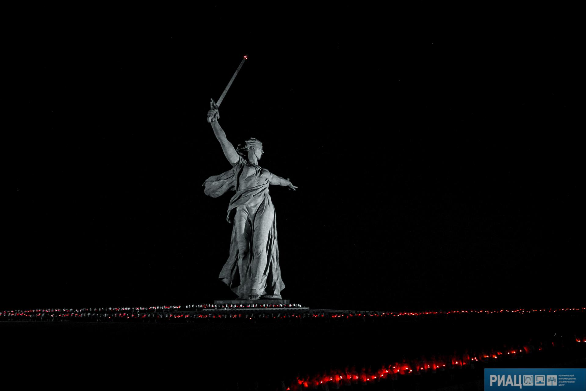 Световая инсталляция наМамаевом кургане претендует нанациональную премию