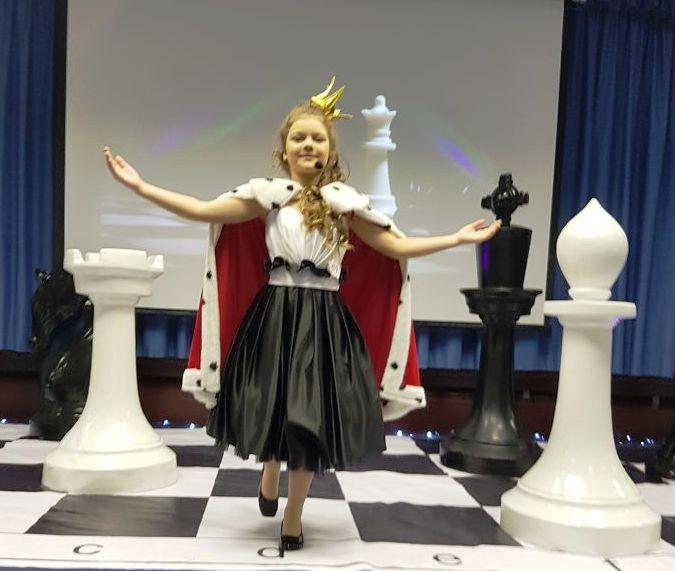9-летняя девочка изВолгограда одолела  вконкурсе мисс Вселенная