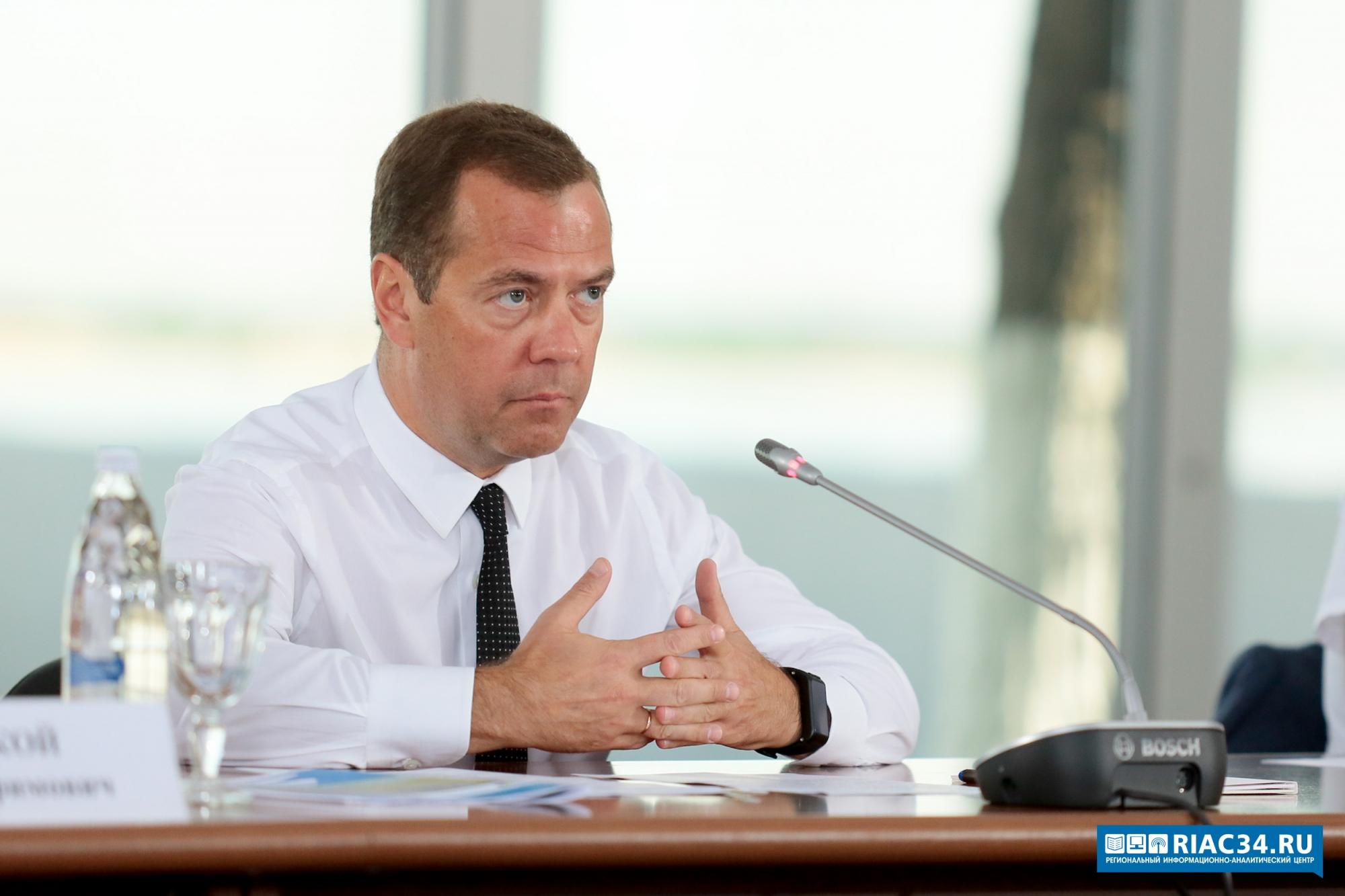 Волгоградская область усиливает федеральный курс по поддержке людей