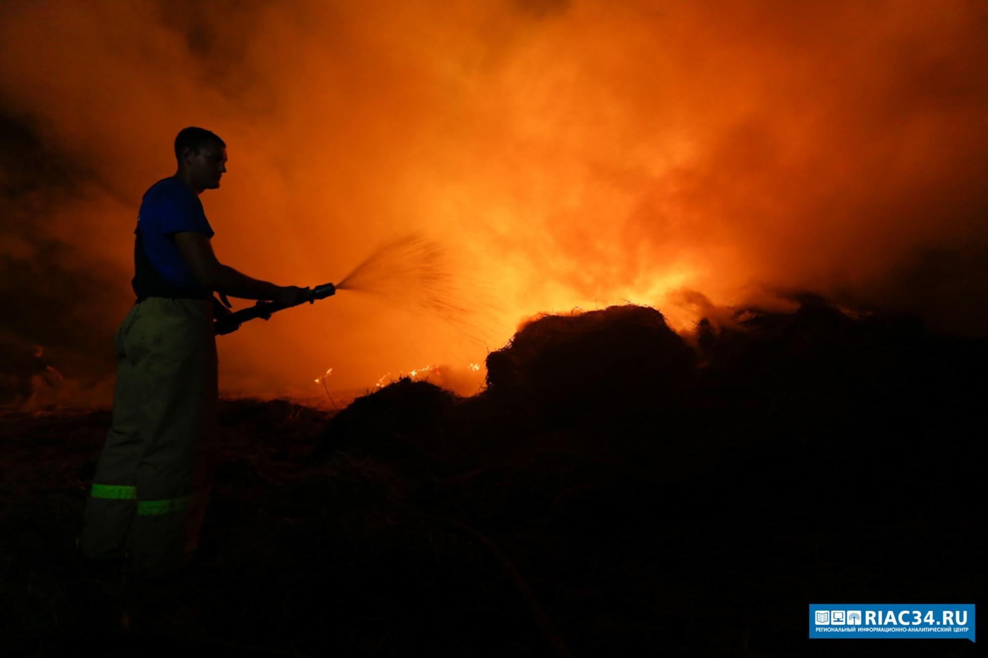 При пожаре под Волгоградом сгорел 79-летний мужчина