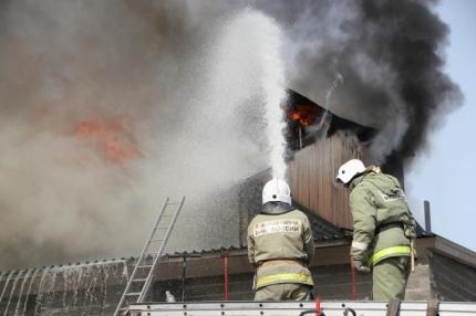 ВВолгограде впроцессе пожара вквартире пострадал 26-летний мужчина