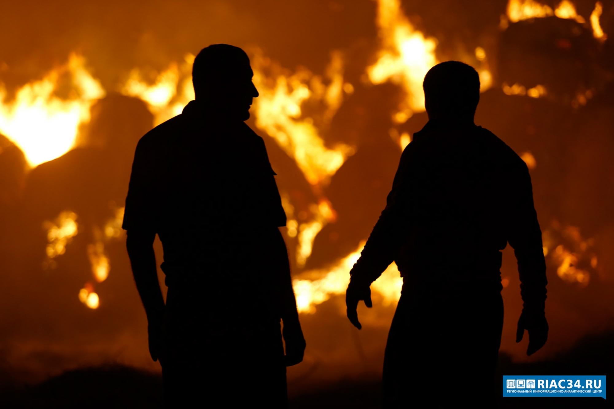 ВВолгоградской области впожаре впятиэтажном доме умер тридцатидевятилетний мужчина