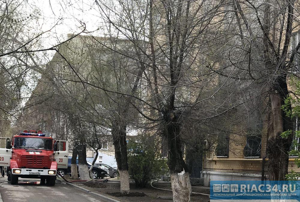 Волгоградец едва не умер впожаре из-за короткого замыкания вдоме