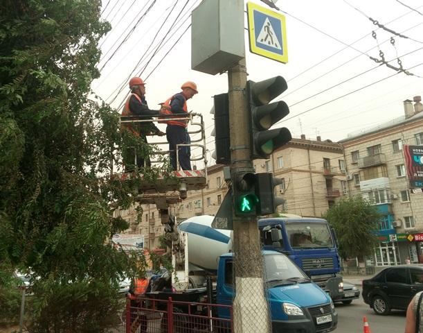 Новый светофор появился наперекрестке вКрасноармейском районе Волгограда