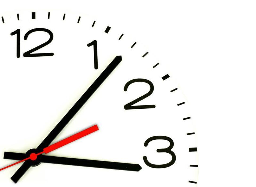 Волгоградцы подали документы воблизбирком для перевода часов