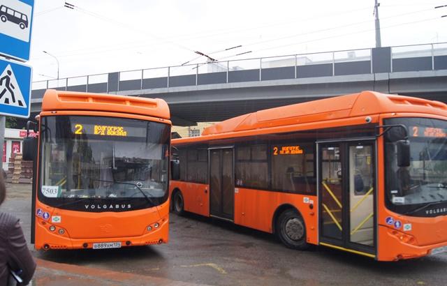 ВВолгограде вышли налинии оранжевые автобусы волжского производства