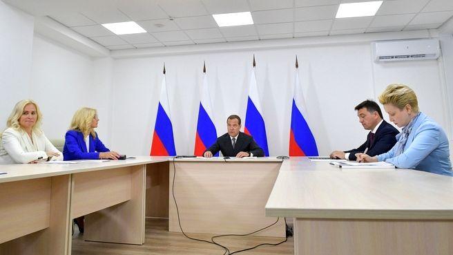Премьер-министр РФ оценил на «отлично» развитие системы образования в Волгоградской области