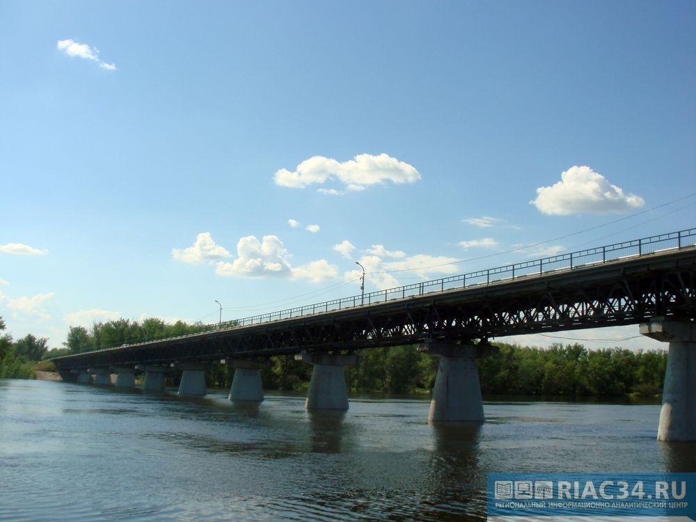 Под Волгоградом в2015 году откроют мост-долгострой через Ахтубу