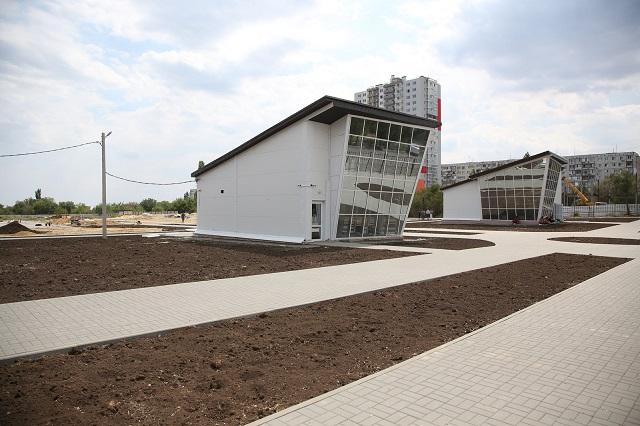 Вволгоградском Парке культуры устроят теннисный корт