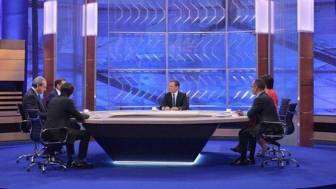Медведев: Общий подход ковсем регионам невозможен