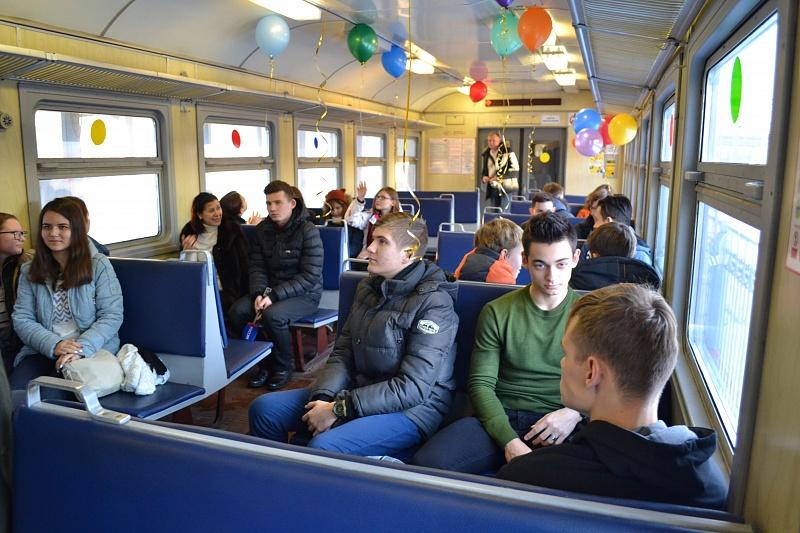 Кволгоградской электричке прицепят «детский вагон»