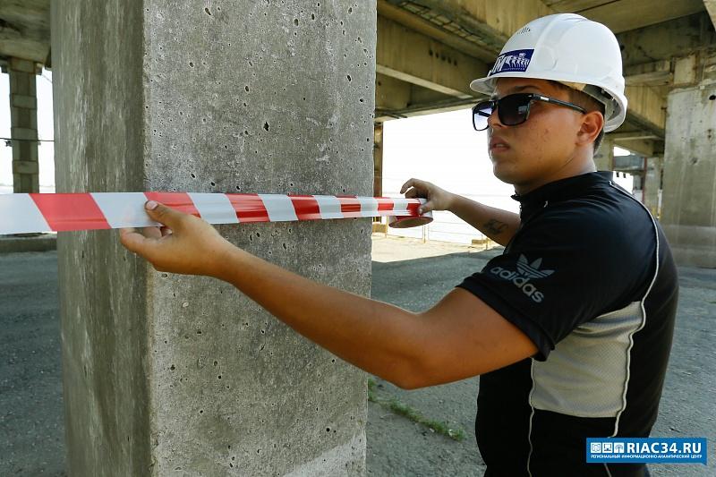 Нанабережной Волгограда начинается восстановление причальной стенки