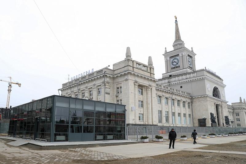 Руководитель РЖД игубернатор ознакомились сходом реконструкции железнодорожного вокзала