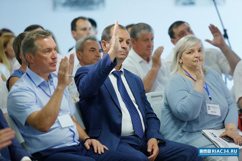 Волгоградские «единороссы» для участия в выборах высшего должностного лица региона выдвинули Андрея Бочарова